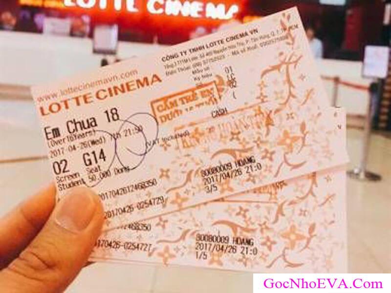 Chọn vé xem phim vào rất ý nghĩa và tình cảm