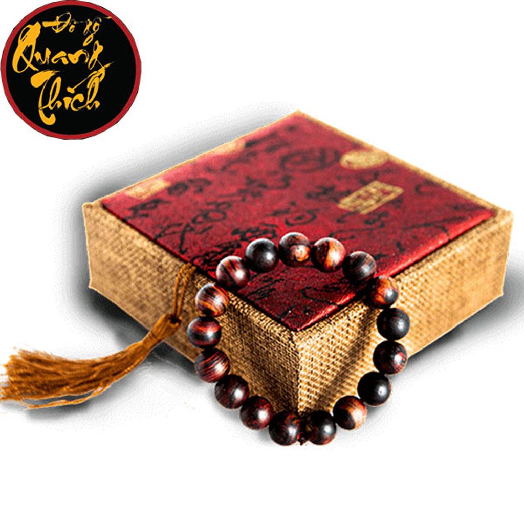Mẫu vòng tay gỗ sưa quý hiếm mang lại may mắn, tài lộc và bình an