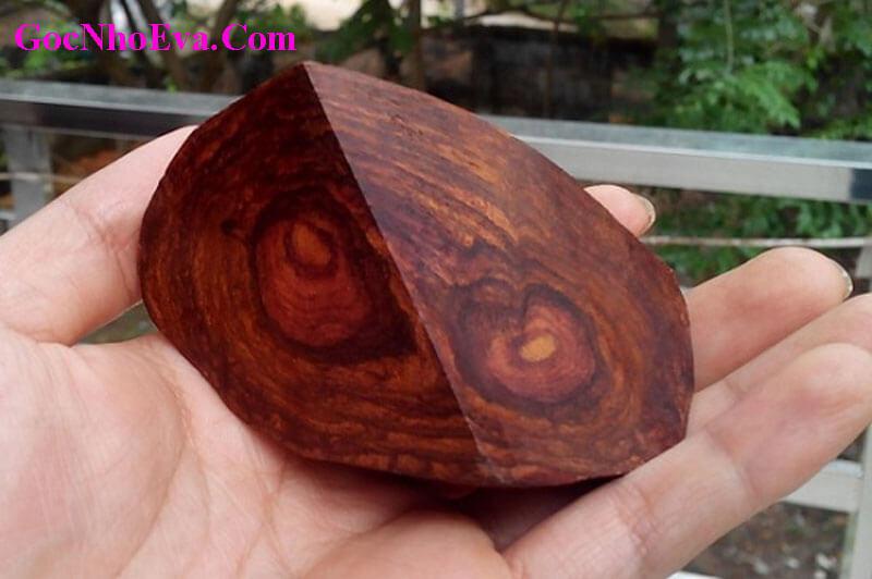Phân biệt vòng gỗ sưa thật giả qua vân gỗ