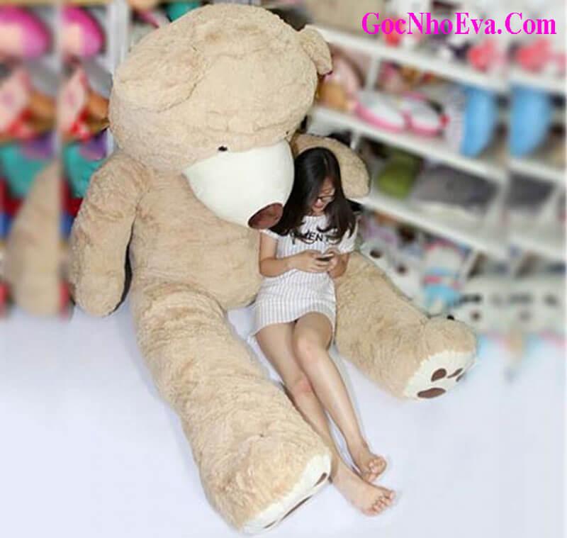 Tặng gấu bông cho bạn nữ nhân dịp sinh nhật